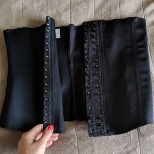 Waist Trainer/ Girdle